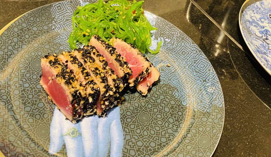 Tuna tataki with sesame