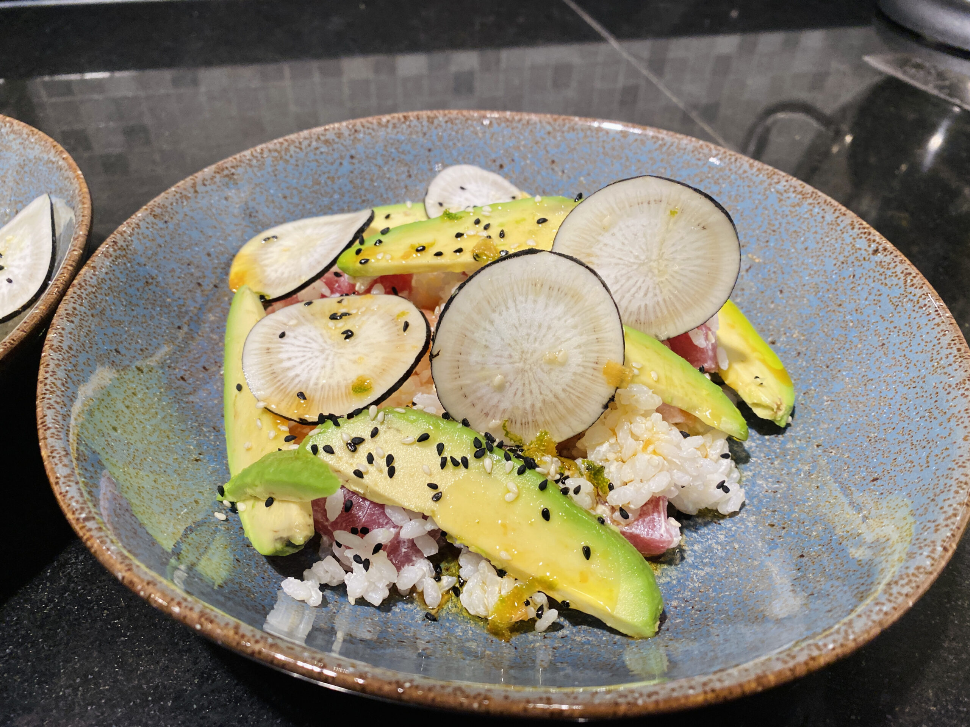 Sushibowl met tonijn en zalm